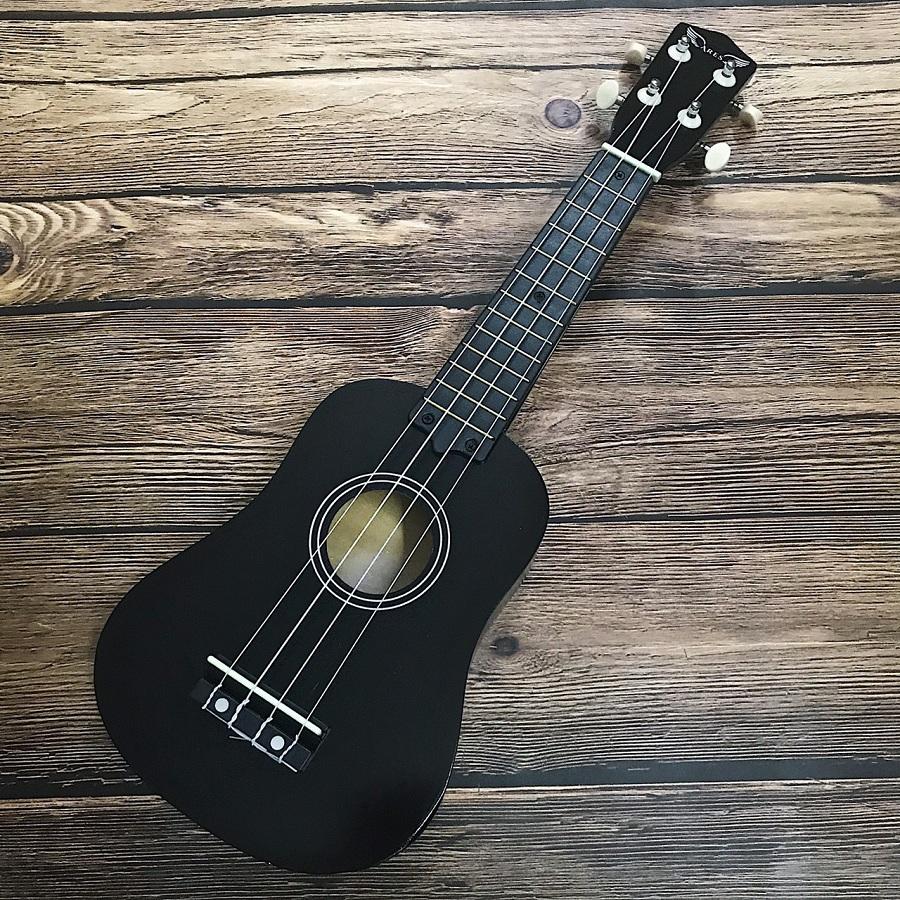 dan ukulele soprano ares 05